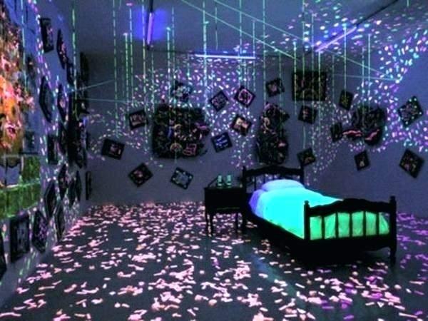 black light in bedroom black light ideas