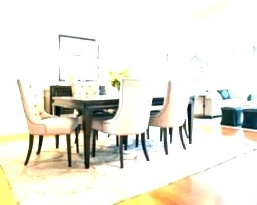 no area rug under dining