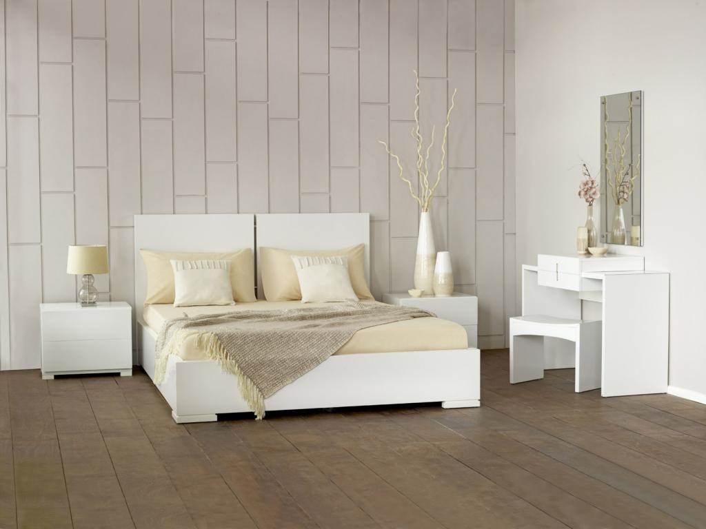 Broyhill Rustic Oak Bedroom Furniture