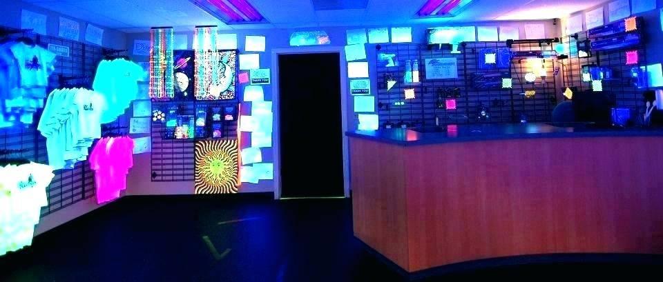 black light room decor ideas