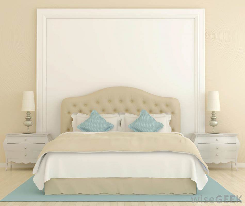 Turquoise is a perfect choice and it can give your bedroom a Mediterranean look