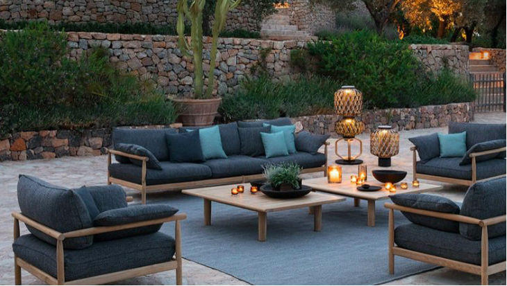 At Outdoor Home, we can help you create the ultimate gathering place for friends and family during the summer