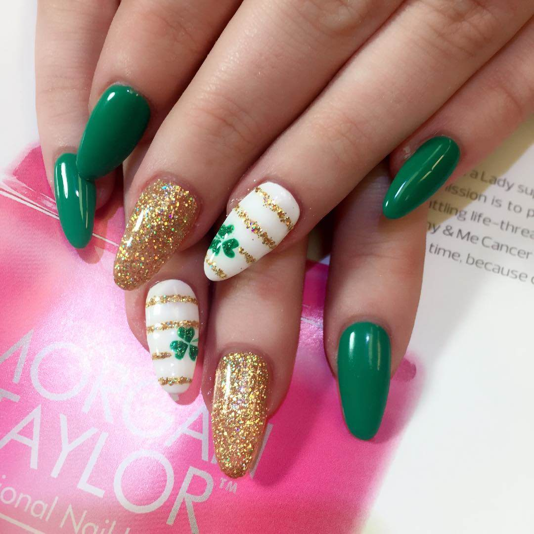 Here the added a few rhinestone to a nails to add some fancy and  interesting