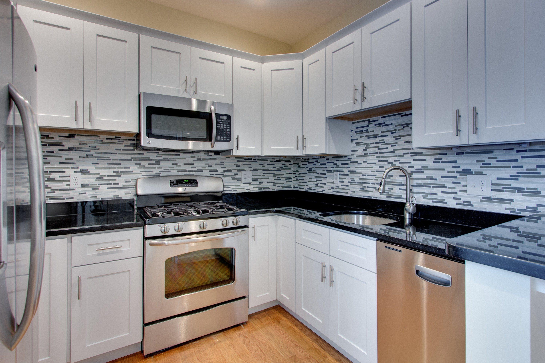gray kitchen walls white cabinets kitchen grey walls light gray kitchen cabinets what color walls