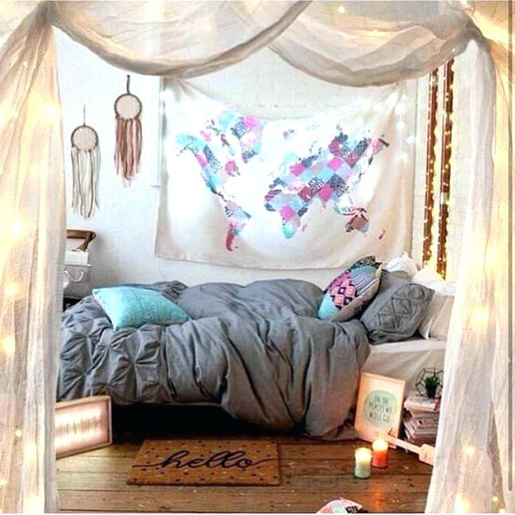 This pink little girl's room idea