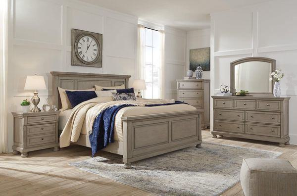 Willowton 7 pc Bedroom Set