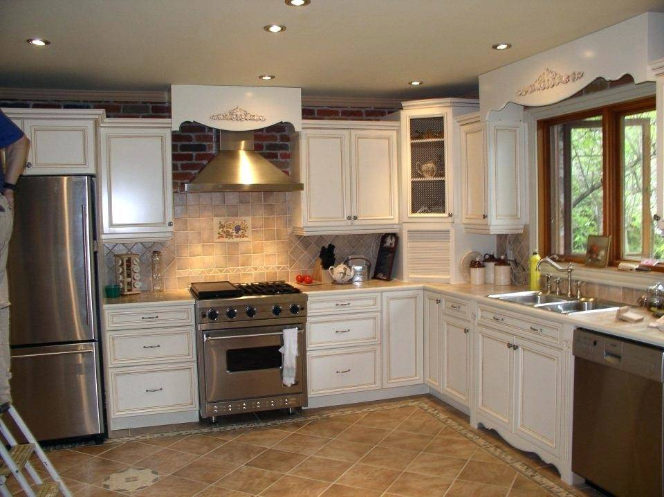 kitchen colors with light cabinets yellow kitchen paint kitchen paint colors with light wood cabinets yellow