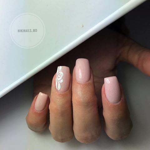 Nail Enamel & Glue: